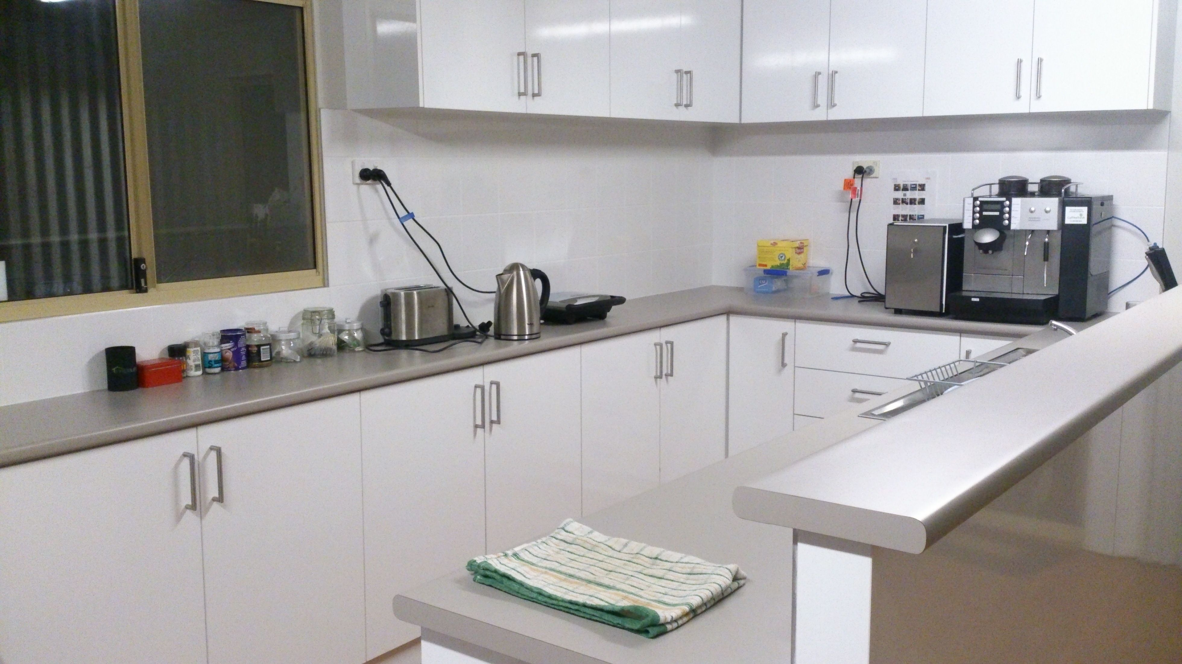 Brian Amp Leo S Cleaning Services Cleaning Looklocalwa
