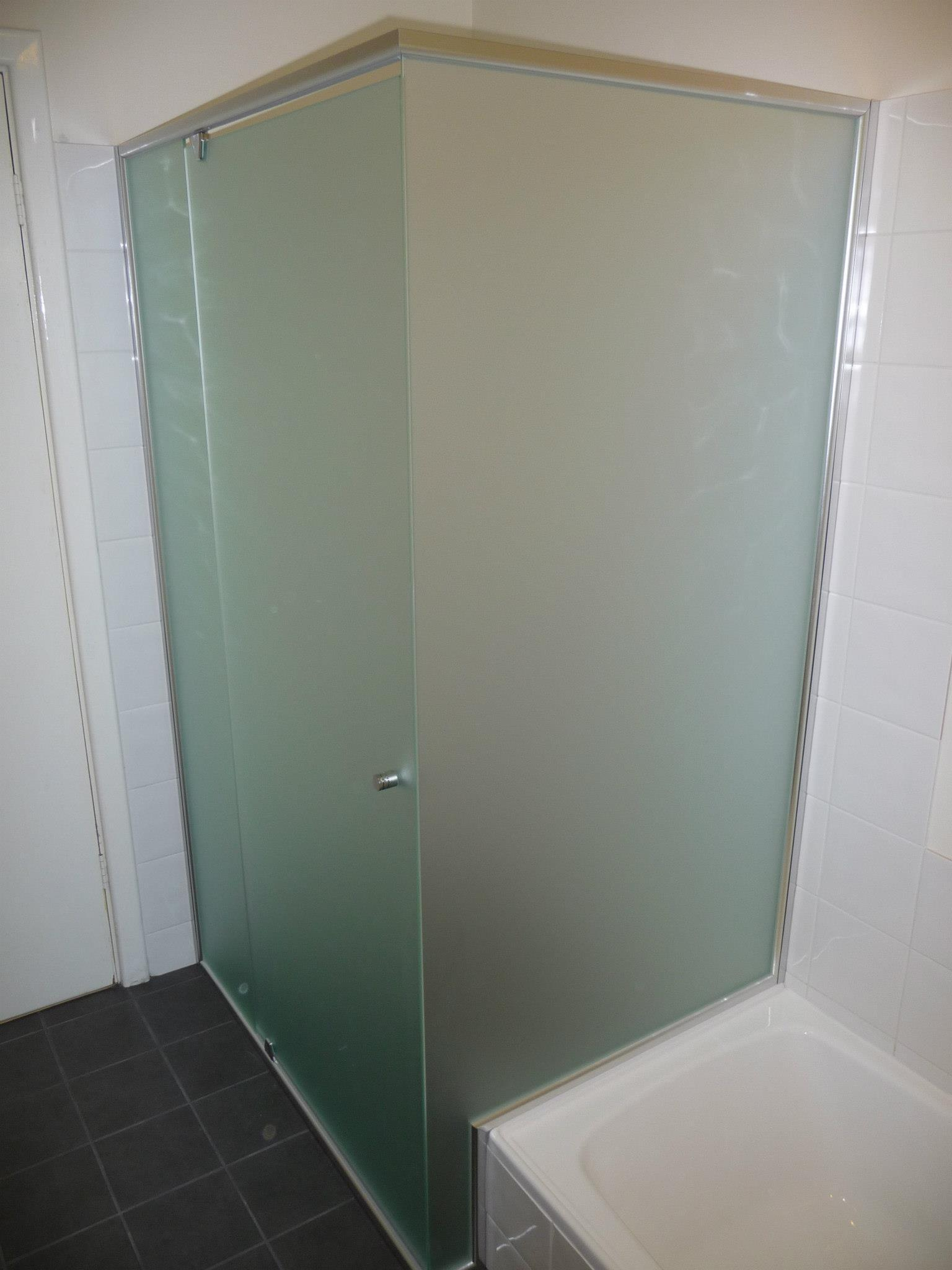 Framed Amp Semi Framed Shower Screens Local Trades