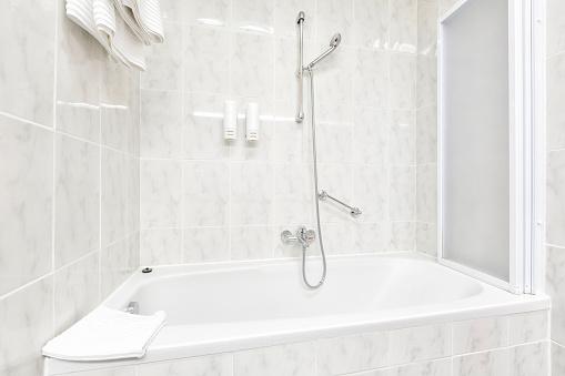 shower over bath yes or no. Black Bedroom Furniture Sets. Home Design Ideas