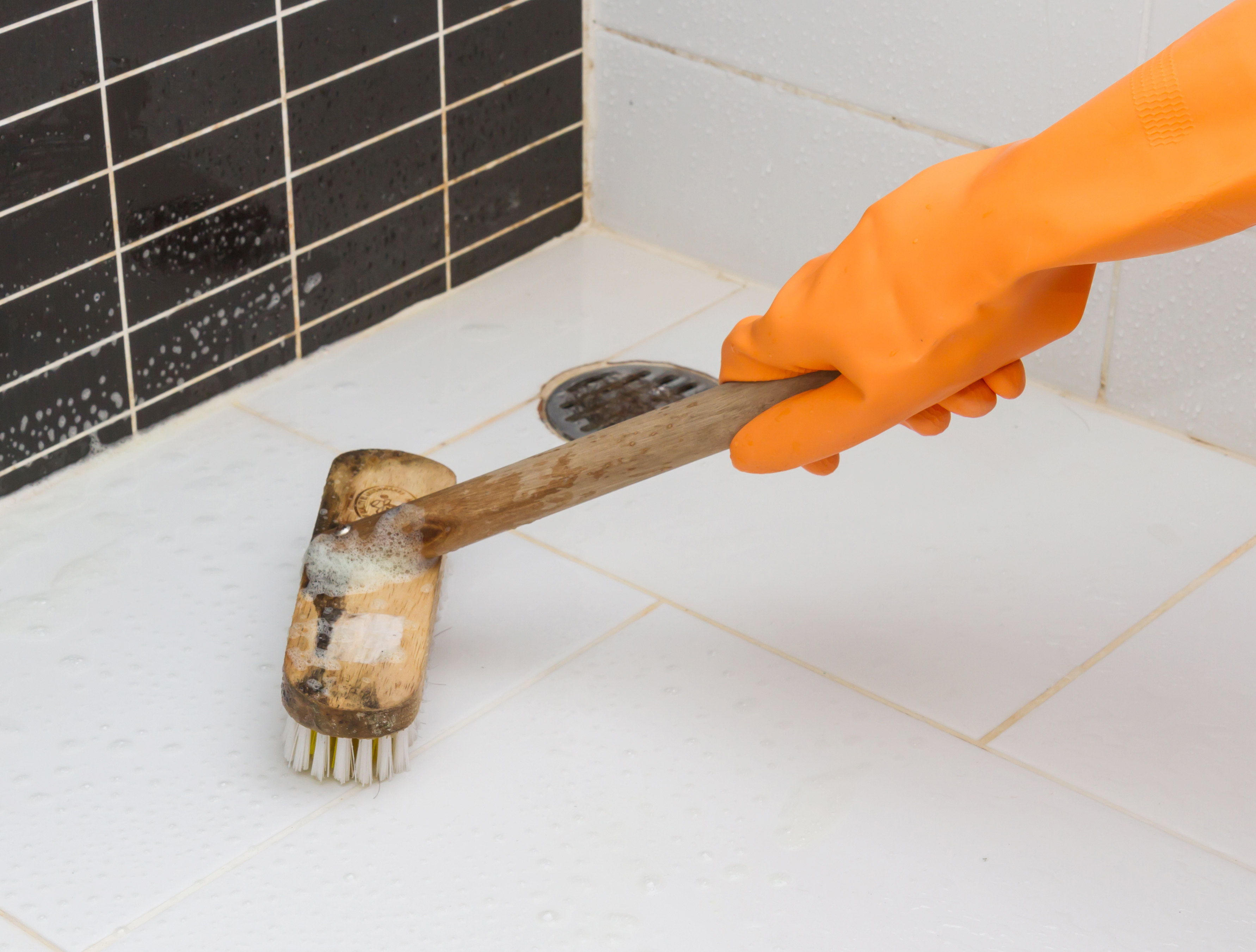 How to clean the grout in your bathroom