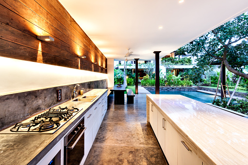Tips for planning your outdoor kitchen